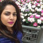 Aishwarya Dutta, Bigg Boss 2, selfie, flower
