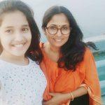 Anikha Surendran, Baby Anika, amma, selfie, smile,  Smart