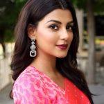 Anisha Ambrose, Vanjagar Ulagam actress, Pink saree, charismatic