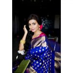 Anisha Ambrose, Vanjagar Ulagam actress, blue saree, new look