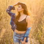 Anisha Ambrose, Vanjagar Ulagam heroine, 2018, 2 piece