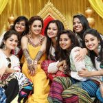 Bhavana, friend, gang, mehandi