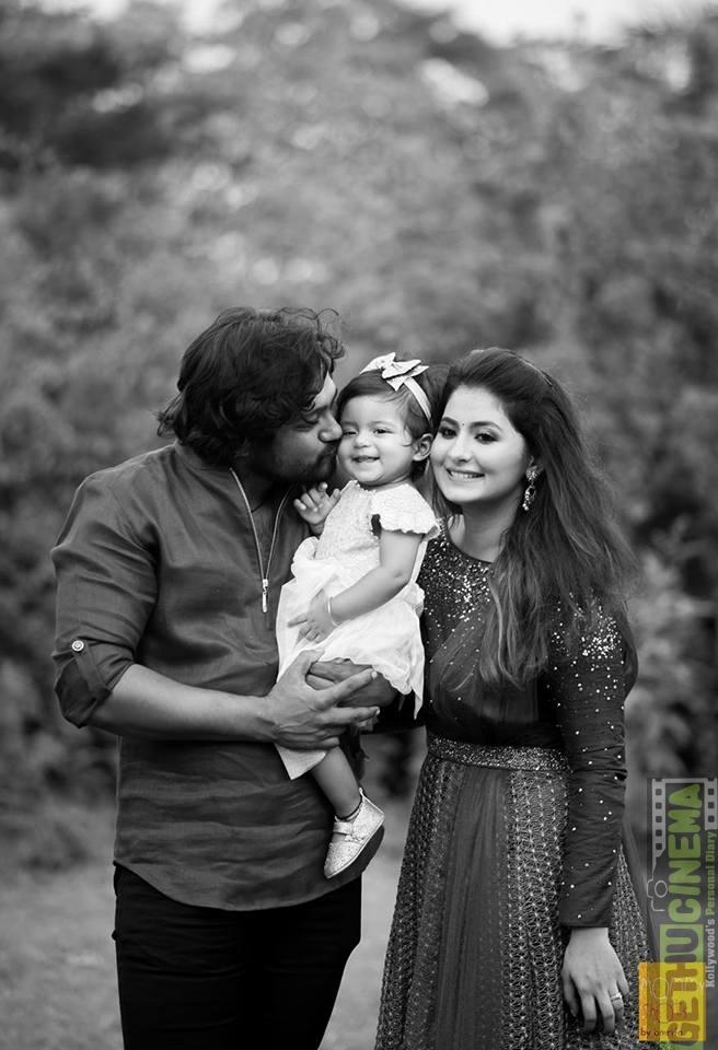 bobby simha amp reshmi menon family cute pictures   gethu cinema