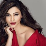 Daisy Shah, 2018, Red Dress, gorgeous