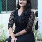 Palak Lalwani, Kuppathu raja Heroine, Black Fit