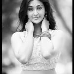 Pooja Jhaveri, old fit, dazzling