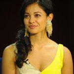 Pooja Kumar, Vishwaroopam 2 Heroine, Yellow Saree, Top, stunning Beuty