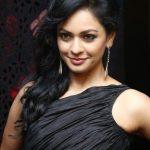 Pooja Kumar, Vishwaroopam 2 Heroine, seductive, New