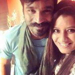 Priyanka Deshpande, selfie, smile, dhanush