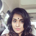 Remya Nambeesan, selfie, nomakeup,  car