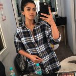 Siddhi Idnani, makeup room, boy shirt