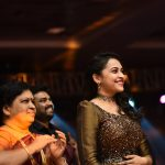 Sri Divya, mom, event, alvijay