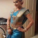 Yaashika Aanand,  Pattu Saree, seductive