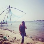 actress kaniha   at kerala fishing port (22)