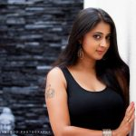 actress kaniha  black sleeveless dress (11)