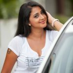 actress kaniha   revealing white tee (15)
