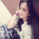 actress kaniha  selfie no make up white kurta  (9)