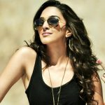 actress kiara advani black tank top dress with coolers  (6)