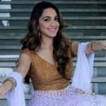 actress kiara advani celebrating diwali in white and golden dress  (3)