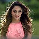actress kiara advani hd still in rose top and free hair (43)