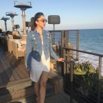 actress kiara advani travel pose in jean shirt  (33)