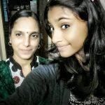 anukreethy vas Miss TamilNadu India 2018 unseen photo with mother  (2)