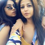 bhumi pednekar  selfie pic with friend (18)