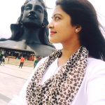 rachitha dinesh mahalakshmi Saravanan Meenakshi actress, instagram and travel photos  (24)in coimbatore shiva temple