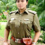 vijay tv, bigg boss tamil, season 2, Mumtaj, charming, police