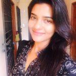 Aishwarya Rajesh, selfie, face, hair style