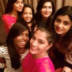 Anjena Kirti, tamil actress, selfie, gang, girls
