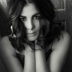 Kirti Kulhari black and white photo smiling (14)