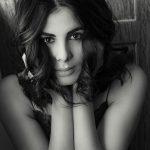 Kirti Kulhari black and white photo smiling (14)