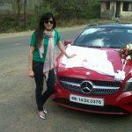 Kirti Kulhari with new benz car (7)