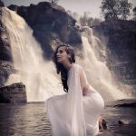 Neeya 2, Raai Laxmi, white saree