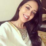 Nivetha Pethuraj, smile, selfie, hair syle