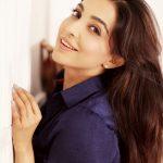 Parvatii Nair, smile, hair style, malayalam actress