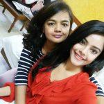 Riddhi Kumar, selfie, mom, actress