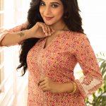 Sakshi Agarwal, modern dress