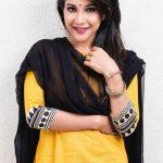 Sakshi Agarwal, yellow chudi, homely girl