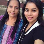 Suza Kumar, mom, amma, selfie