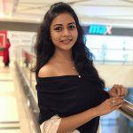 Suza Kumar, photographic, mall