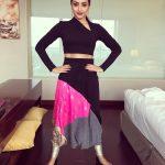 Trisha Krishnan, sakthiman pose, funny