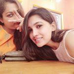 Vani Bhojan, selfie, youcam
