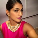 kubbra sait pink dress necklace selfie