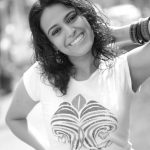 swara bhasker  black and white photos tee shirt  (2)