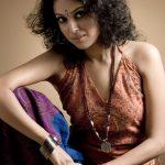 swara bhasker  photoshoot theater  curly hair (3)