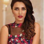 Akshara Gowda, stylish tamilachi, red lipsstick
