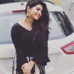 Athulya Ravi, car, black fit