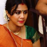 Chandran, Vj Anjana, saree, traditional